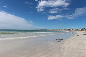 Struisbaai Main Beach (The longest, uninterrupted white beach in the Southern Hemisphere 14 km)